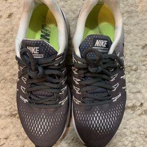 Black Nike Pegasus